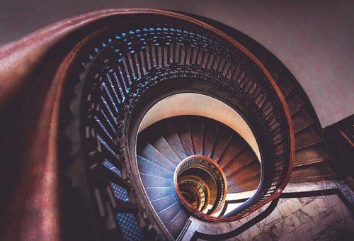 Comment estimer les parties communes d'un immeuble dont une cage d'escalier ?