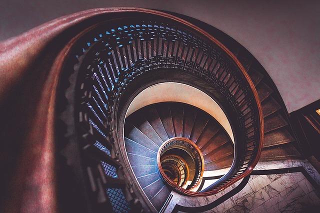 Estimer parties communes immeuble cage escalier